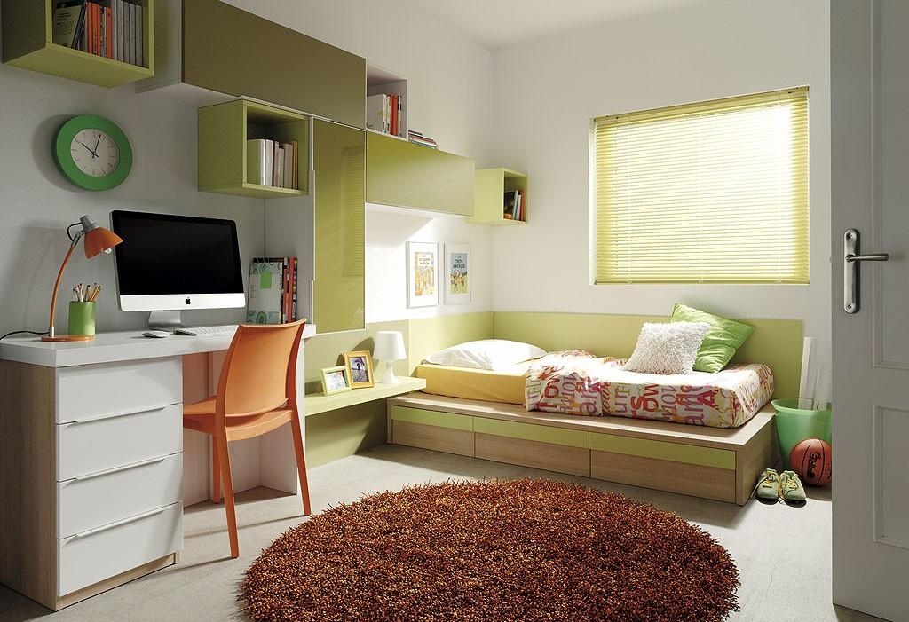 Fotagrafias pertenecientes al catalogo Slang de dormitorios juveniles e infantiles. Slang tambien dispone de una amplia gama de camas abatibles para adecuarse al espacio disponible.